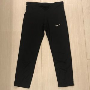 Nike Dri-Fit Crop Leggings